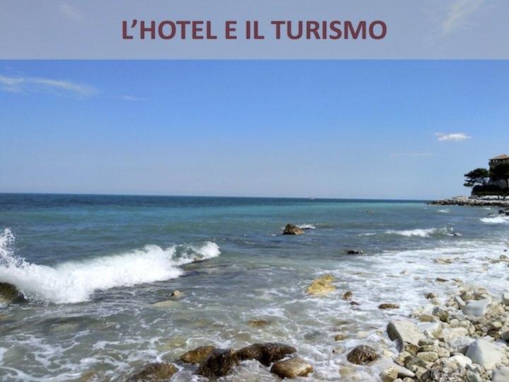Mira Conero Hotel e il Turismo